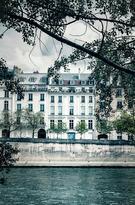 10. Île Saint-Louis, Paris