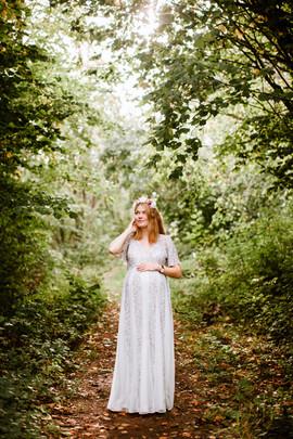 15. Grå/silver klänning