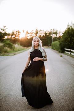9. Mörkblå långklänning