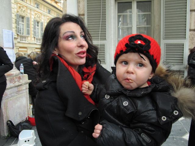12 MARZO 2011 - GENOVA DEI MILLE - CON ALLOISIO E DE SCALZI Rita e Gaia.jpg