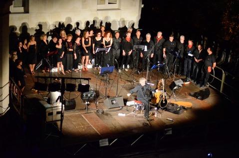Villa Imperiale 7 luglio 2011 - Canzoni della nostra storia (6).jpg