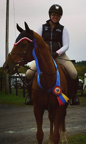 Deanna Pratt & Save The Profit: Champion in High Schooling Jumpers at Willow HIll Farm's Fall Classic