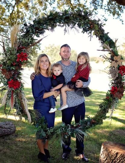 christmas minis outdoor.jpg
