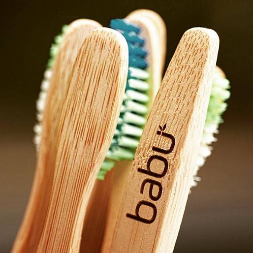 Escova de Dentes em Bambú