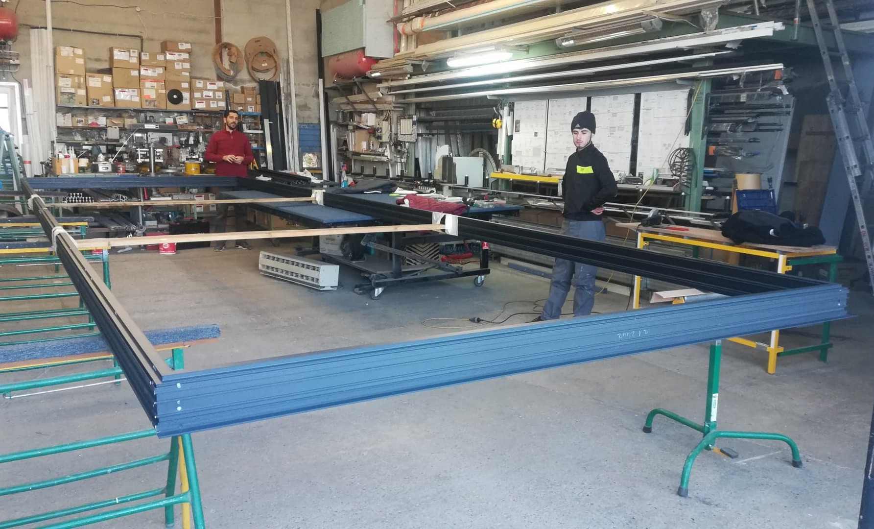 fabrication alu chassis 6 vantaux