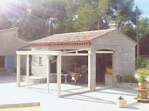 Véranda 83910 Pourrieres