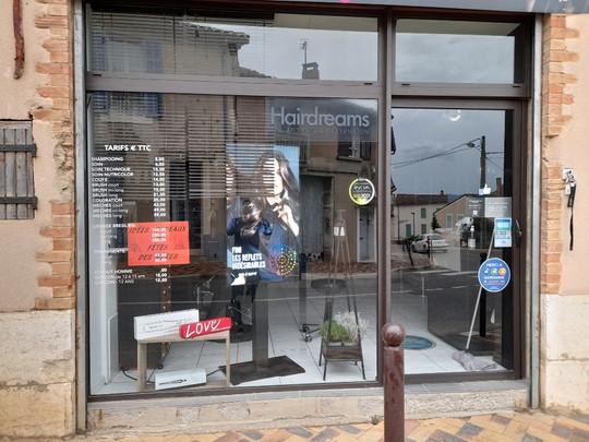 AVANT INSTALLATION  Devanture de magasin, façade EST 83470 ASBF Menuiserie St MAXIMIN LA STE BAUME