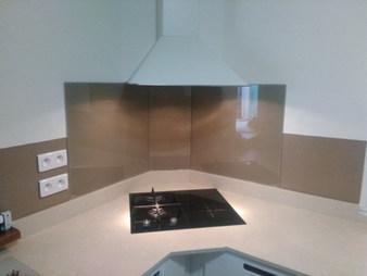 Crédence en verre peint Miroiterie ASBF st Maximin cuisine