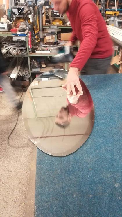 Découpe de Miroirs Ovals sur Mesure