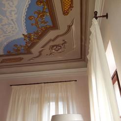 Tende su bastone in ferro Palazzo Storico a Verona