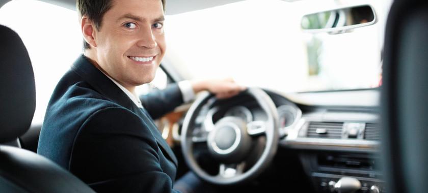 Как стать таксистом для VIP пассажиров за два с небольшим миллиона рублей?