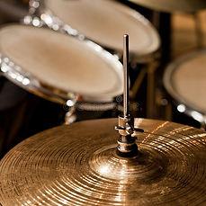 fragment-drumset-closeup-detail-drum-kit
