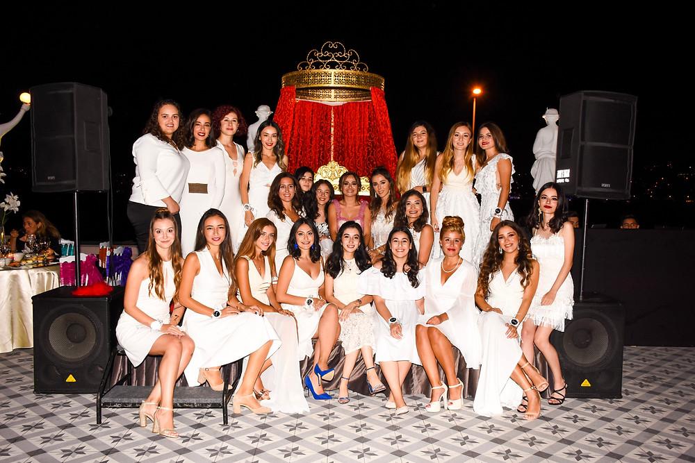 Kına kızları melekler