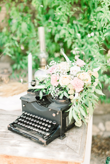machine à écrire fleurie