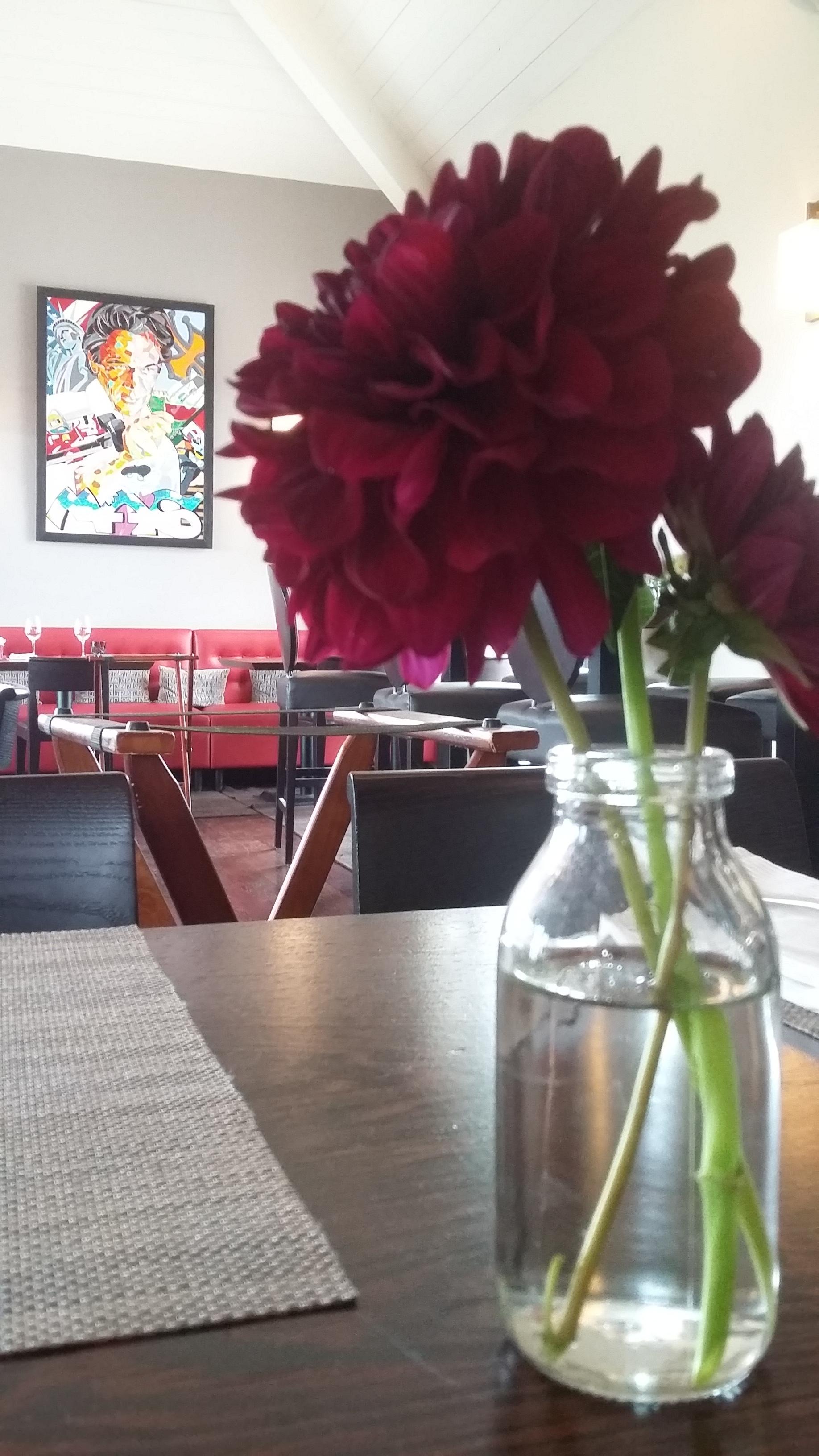 fleuriste restaurant hotel