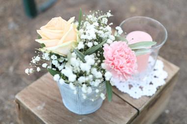 bouquet allée cérémonie fleurie