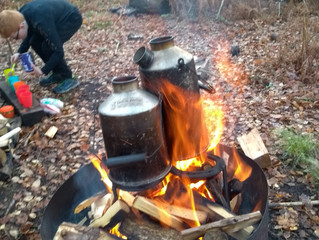 Hot Chocolate and Coffee in the woods followed by a Slow Gin