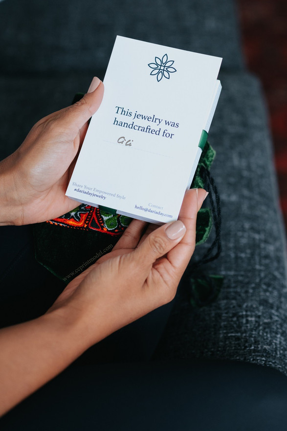Hand model card gift box