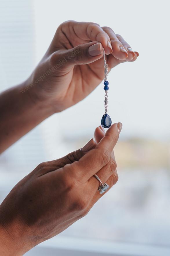 Hand model ring earring