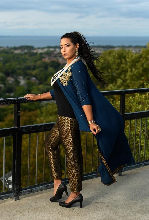 Hamilton fashion model pakistani outfit