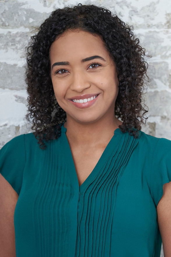 commercial actress headshot