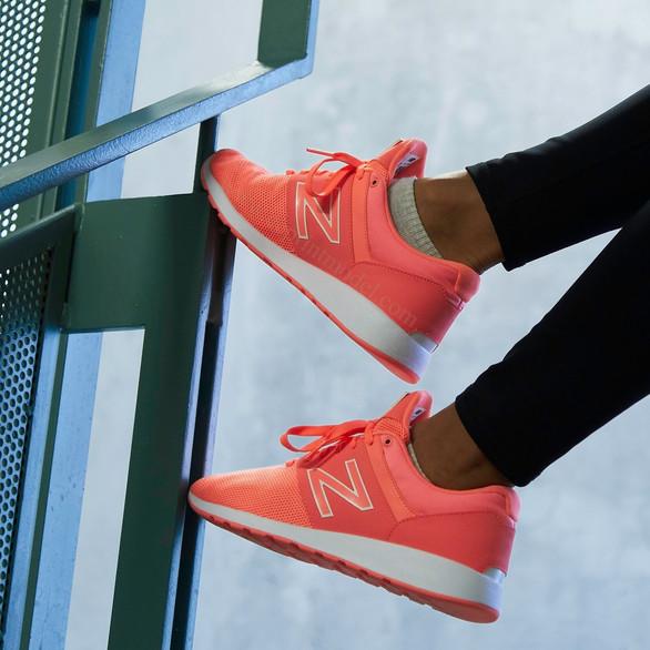Foot model New Balance running shoes