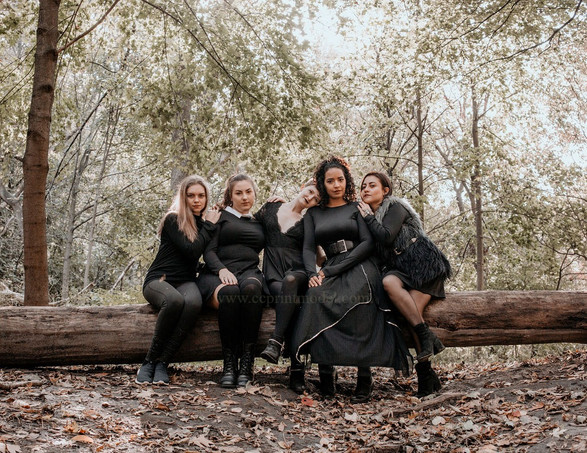 Editorial photo shoot witches forest