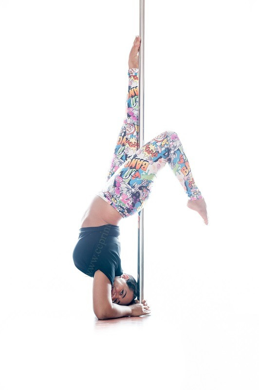 Pole fitness curve model elbowstand
