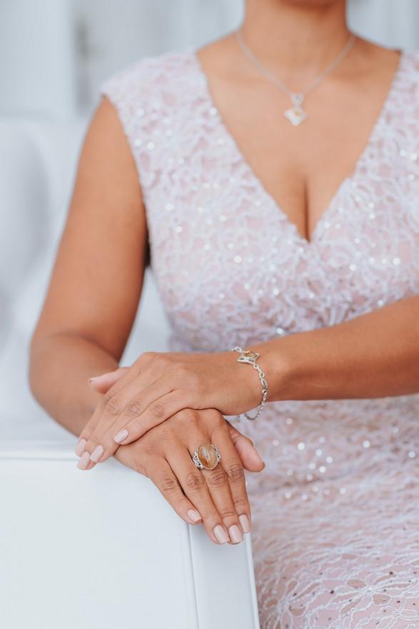 Parts model jewelry elegant pink dress