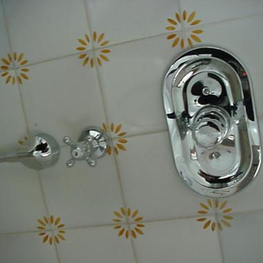 Baño azulejos pintados a mano