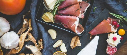 4 motivi per cui si tende a mangiare troppo inconsapevolmente