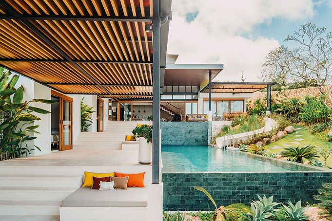 Exterior 2 - Luxury villa rental lombok