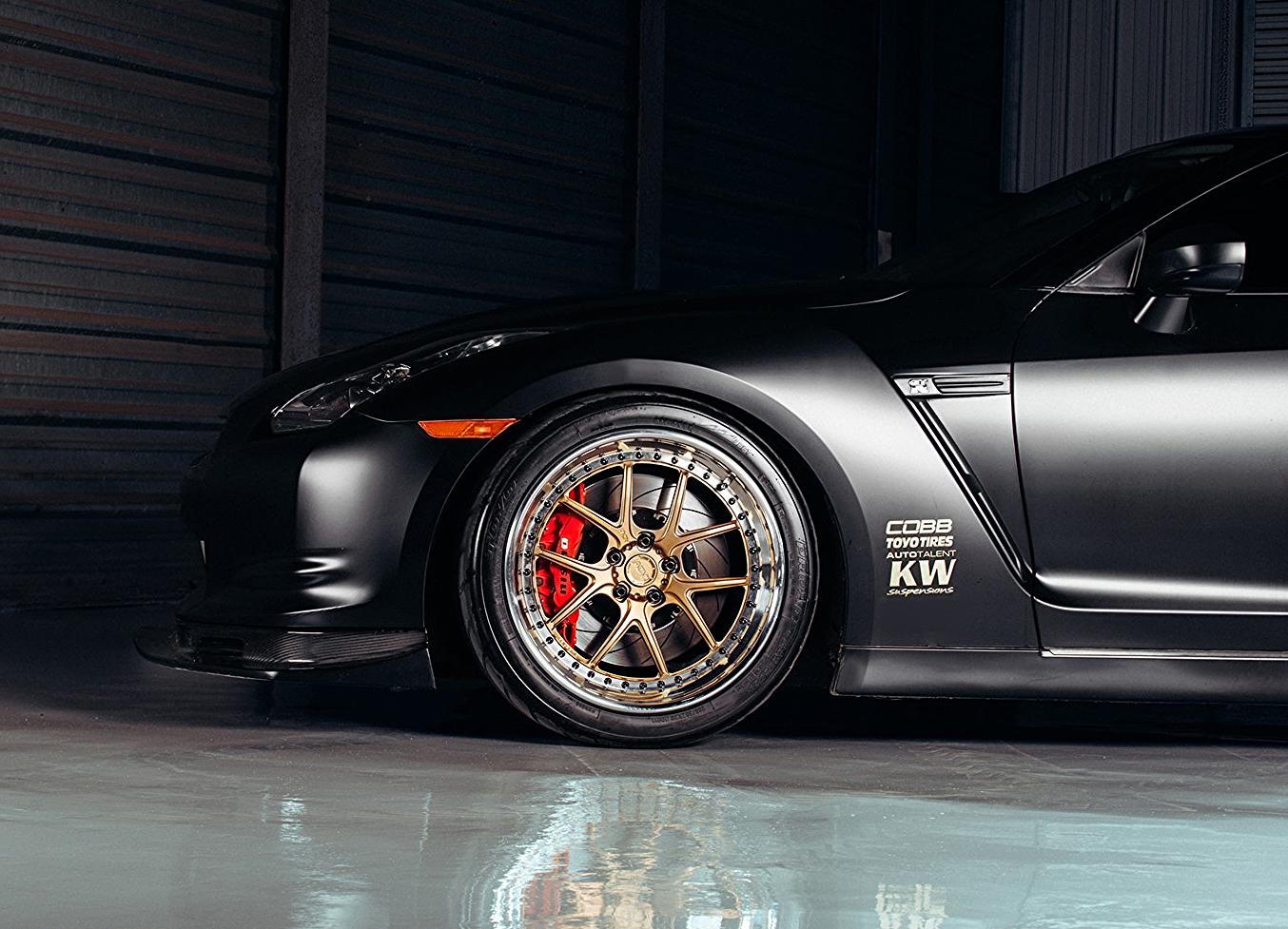 Matte-Black-Nissan-GTR