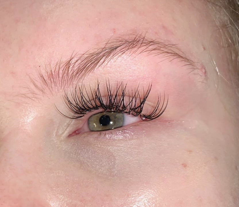 Close up of Classic Individual Lashes