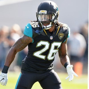 Jacksonville Jaguars Safety Teams Up With the Abandoned Homes Project