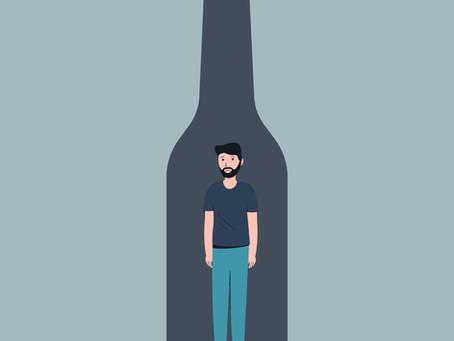Hvorfor blir noen avhengig av alkohol?