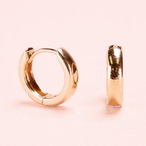 9k Basic Huggie Earring