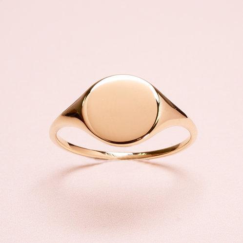 9k Classic Signet Ring