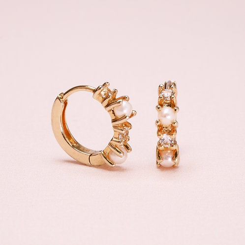 9k Pearl with White Sapphire Huggie Earring