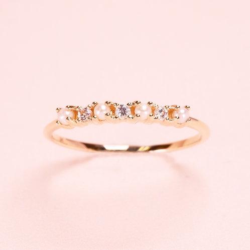 9k Pearl & White Sapphire Ring