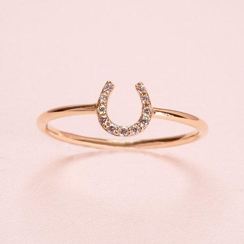 14k Yellow Gold horse shoe Diamond Ring