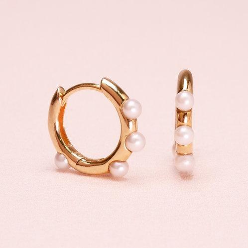 9k Pearl Huggie Hoop Earring