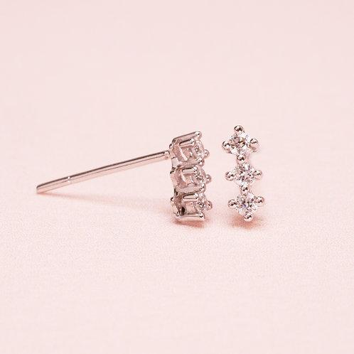 9k WG Basic 3 Diamond Earring