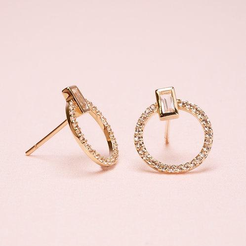9k Circle White Sapphire Stud Earring