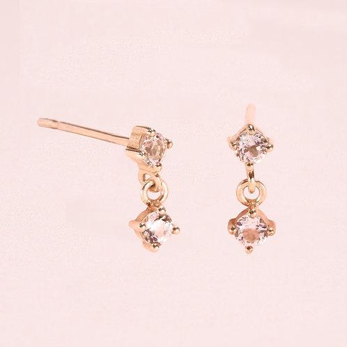 9K Two WhiteSapphire Stud Earring