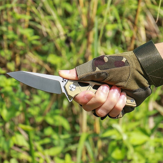 Bulkhead Blade