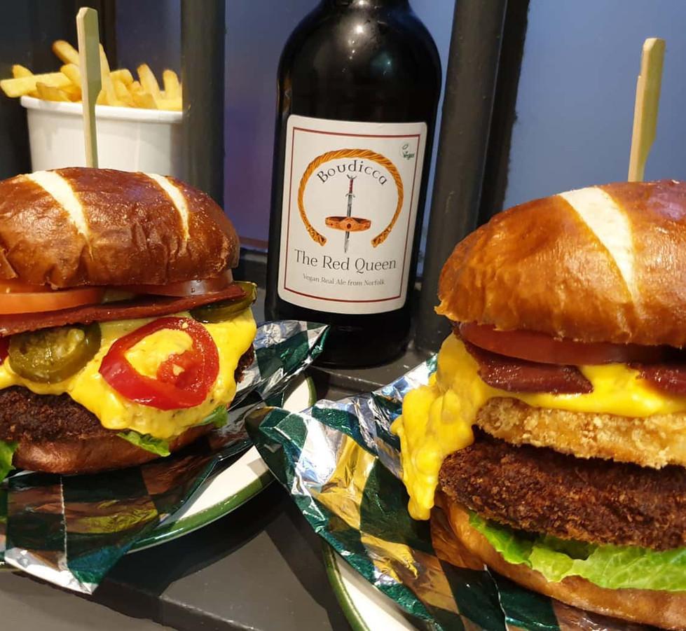 Hank Daddy & Hank Daddy Hot Burgers