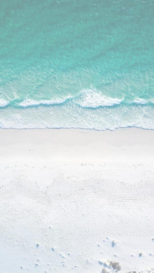 beach%20during%20daytime_edited.jpg