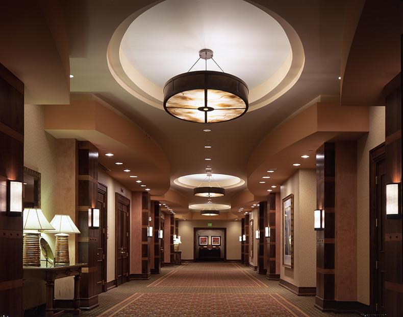 Parkridge, CO Marriott Interior Hallway
