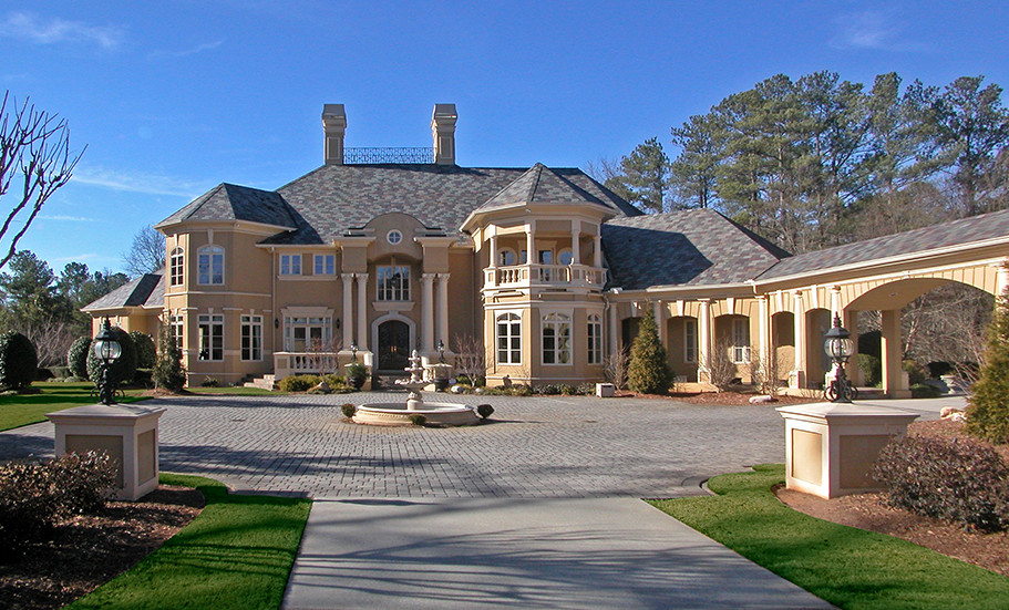 Atlanta, GA Residence Front Courtyard